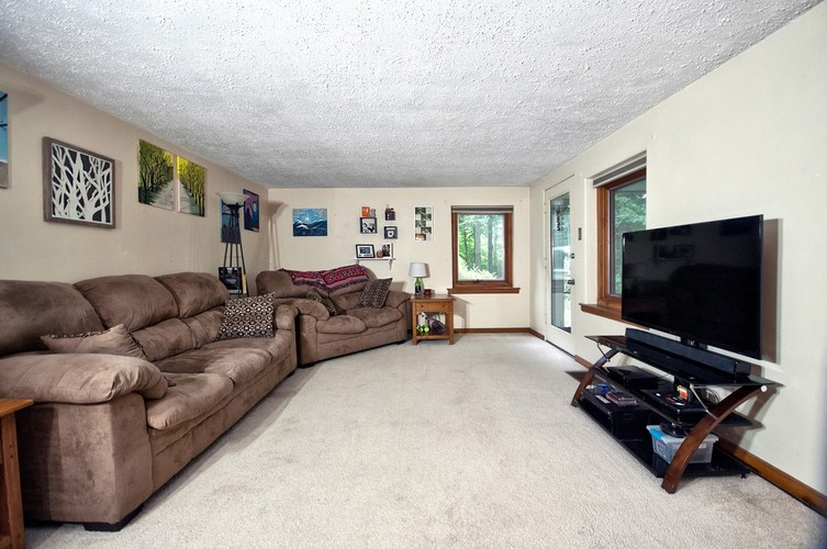22732 Roosevelt Road South Bend, IN 46614-9263 | MLS 201933304 | photo 7