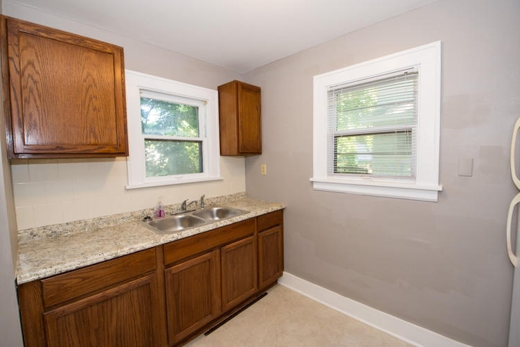 525 S 27th Street S South Bend, IN 46615   MLS 201933403   photo 7