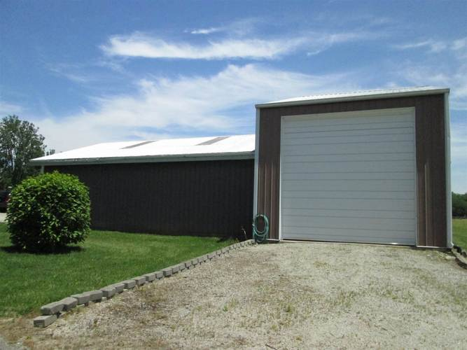 9000 N County Road 25 W N Muncie, IN 47303 | MLS 201933745 | photo 2