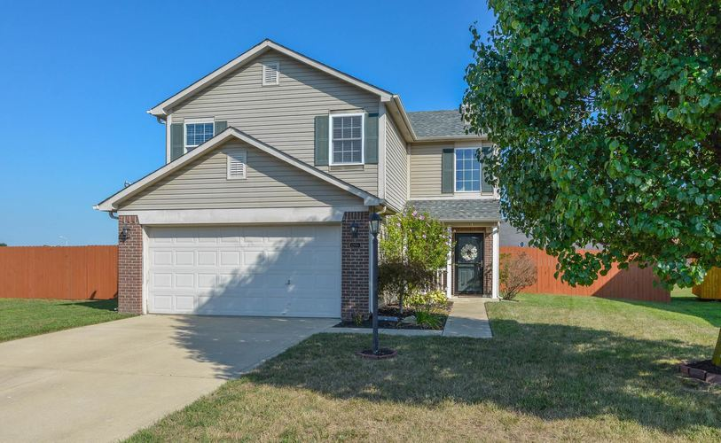 1200 Tomahawk Place Martinsville, IN 46151 | MLS 201933752 | photo 1
