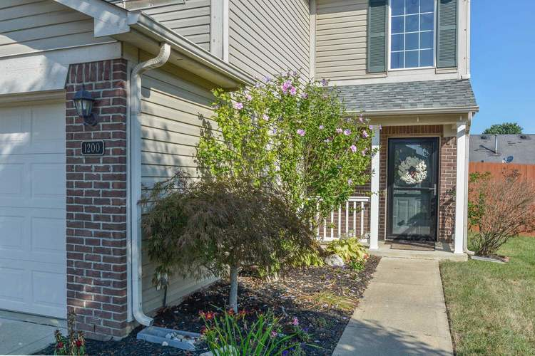 1200 Tomahawk Place Martinsville, IN 46151 | MLS 201933752 | photo 2