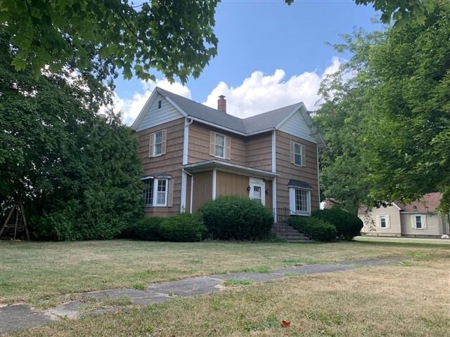 300 S New York Streets Remington, IN 47977 | MLS 201933979