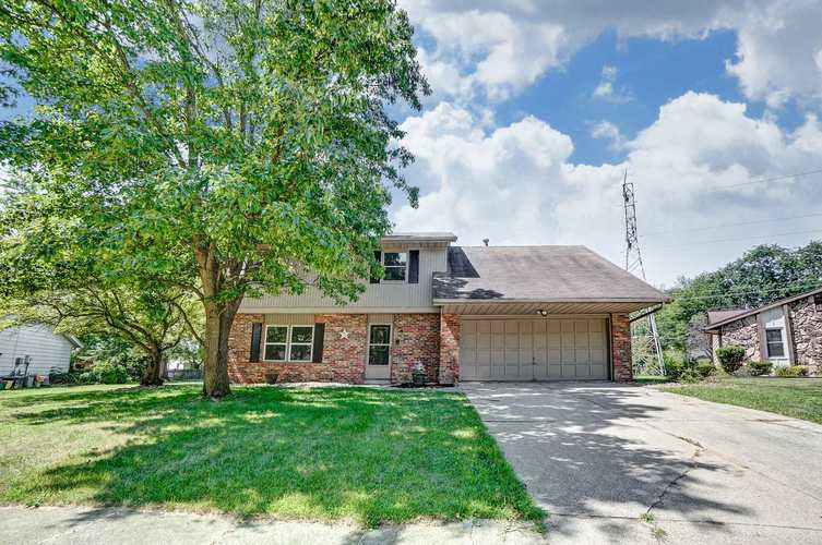 5628 Martys Hill Place Fort Wayne, IN 46815   MLS 201934094   photo 1
