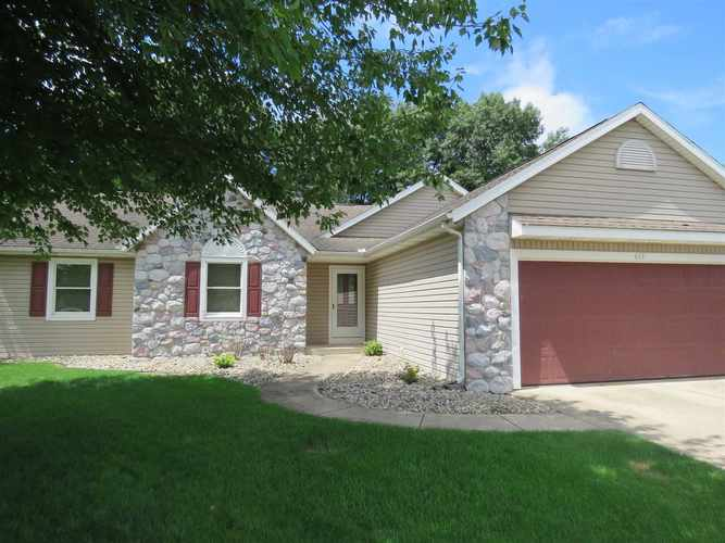 611  Spring Arbor Drive Middlebury, IN 46540 | MLS 201934292