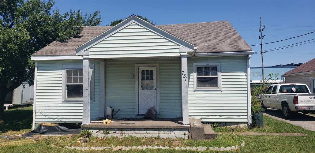 731 E Washington Street Winchester, IN 47394 | MLS 201934530