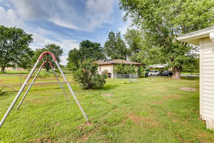 3227 E State Road 62 Road E Boonville, IN 47601   MLS 201934600   photo 21