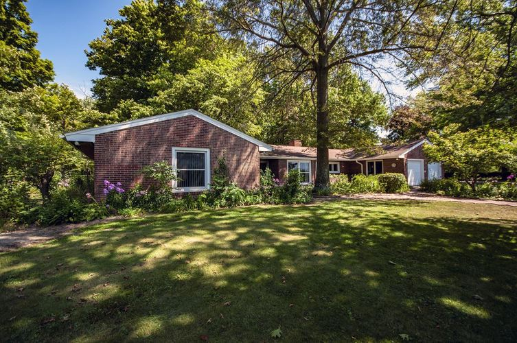 14471 County Road 48 Syracuse, IN 46567 | MLS 201934652 | photo 1