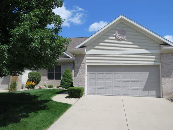 106 River Park Drive Middlebury, IN 46540-8779 | MLS 201934692 | photo 1