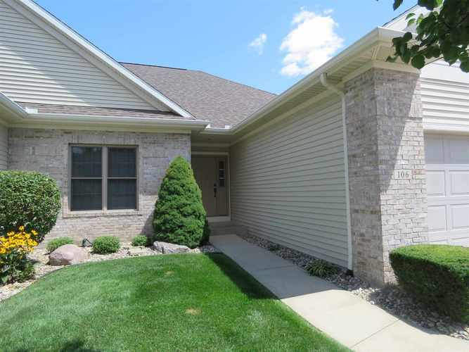 106 River Park Drive Middlebury, IN 46540-8779 | MLS 201934692 | photo 2