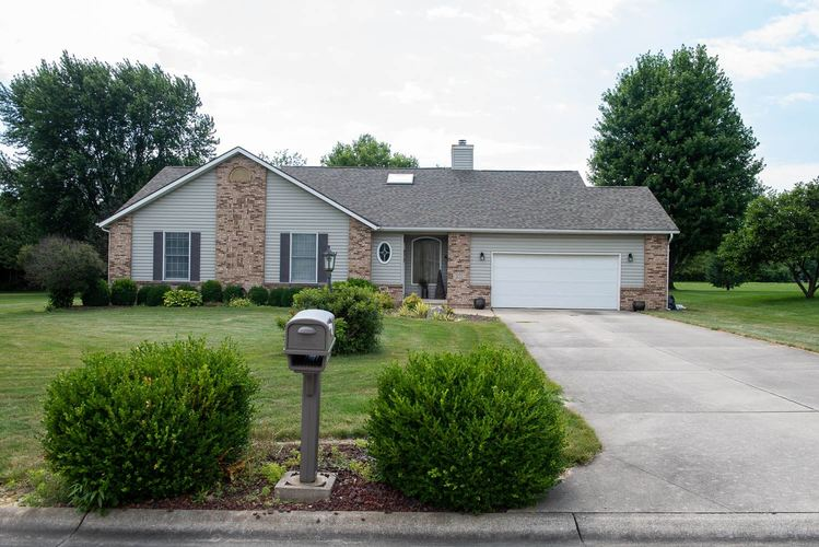 3123 SPRINGDALE Drive Kokomo IN 46902 | MLS 201934715 | photo 1