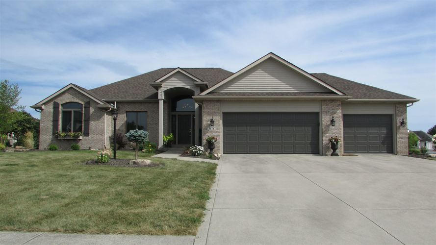 1015 Twin Lakes Drive Decatur, IN 46733 | MLS 201934903 | photo 1