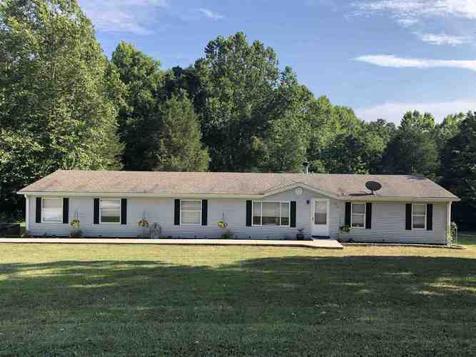 2214 S LEATHERWOOD RD S Bedford, IN 47421 | MLS 201934936 | photo 1