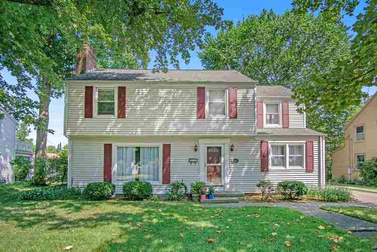 122 S Hawthorne Drive South Bend IN 46617 | MLS 201934943 | photo 1