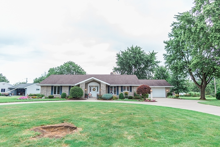 905 Sycamore Lane Bluffton, IN 46714 | MLS 201934994 | photo 2