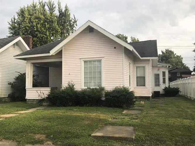 1019 W 3RD Street W Marion, IN 46952 | MLS 201935019 | photo 1
