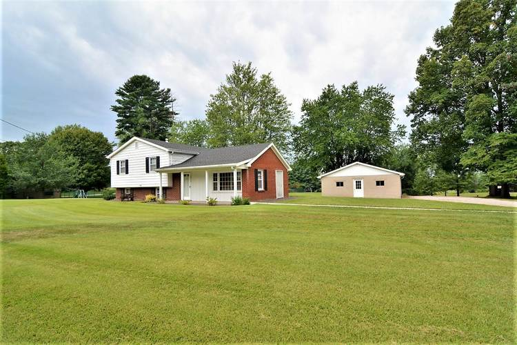 15260 Old State Road Evansville, IN 47725-8576 | MLS 201935044 | photo 2