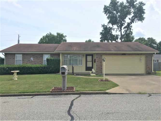 326  Roosevelt Drive Mount Vernon, IN 47620 | MLS 201935107