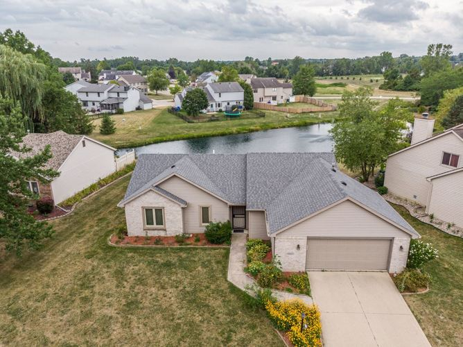 1323  Winnsboro Pass Fort Wayne, IN 46845-2005 | MLS 201935276