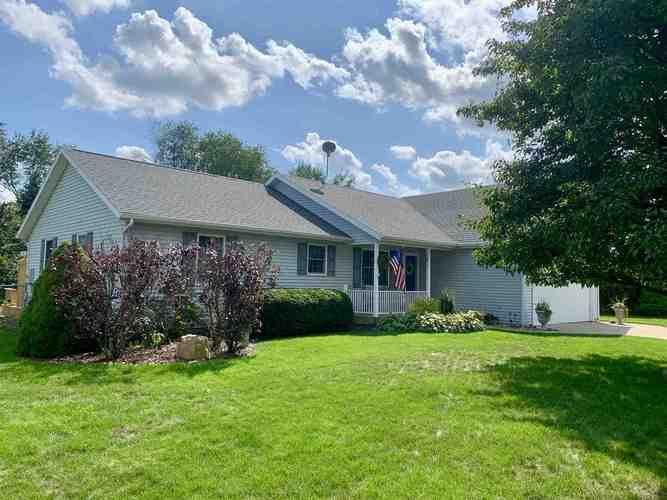 11918  Ridgeview Drive Plymouth, IN 46563-7652 | MLS 201935322