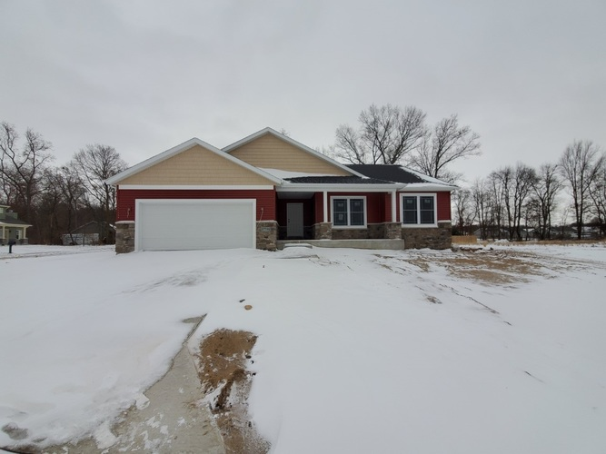 57735  Amber Valley Drive Elkhart, IN 46517 | MLS 201935324