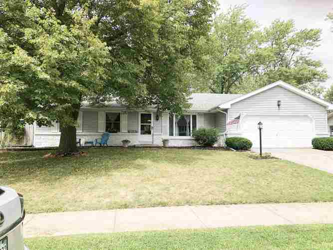 6505 Mapledowns Drive Fort Wayne IN 46835-3936 | MLS 201935375 | photo 1