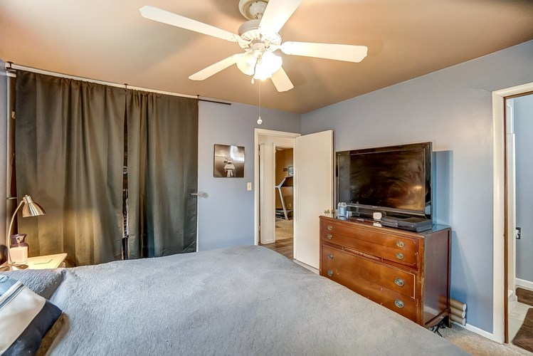 1016 Hollyhill Drive Fort Wayne, IN 46819-1441 | MLS 201935399 | photo 17