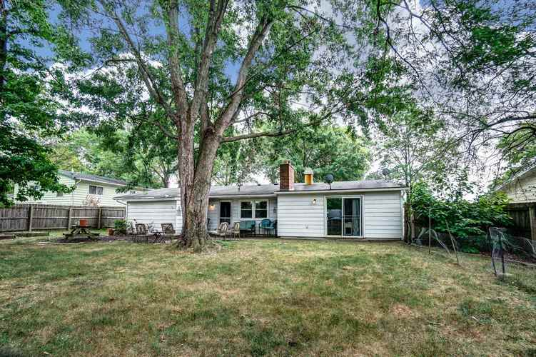 1016 Hollyhill Drive Fort Wayne, IN 46819-1441 | MLS 201935399 | photo 24