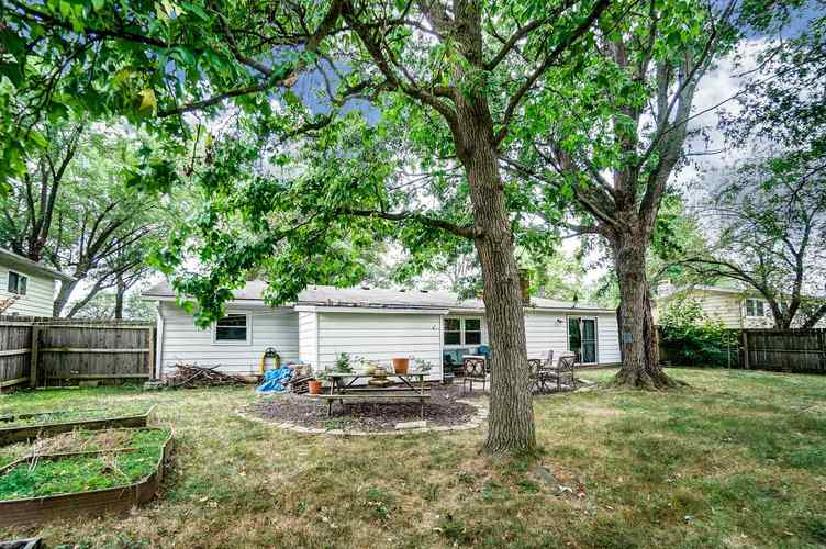 1016 Hollyhill Drive Fort Wayne, IN 46819-1441 | MLS 201935399 | photo 25
