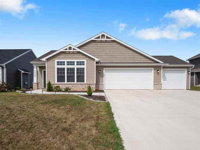 1756  Breckenridge Pass Fort Wayne, IN 46845 | MLS 201935466