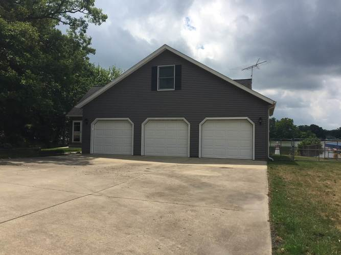 1715 Colonial Drive Rochester, IN 46957 | MLS 201935689 | photo 2
