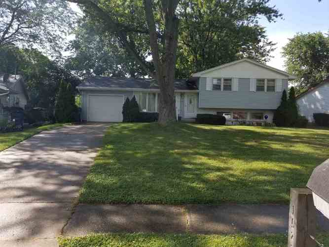 1522 Dundee Drive New Haven IN 46774-2216   MLS 201935934   photo 1