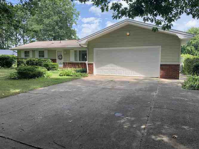 54746  Holiday Drive Elkhart, IN 46514 | MLS 201935939