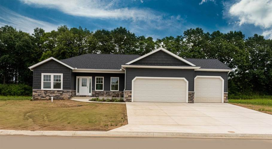 57628 Amber Valley Drive Elkhart, IN 46517   MLS 201935970   photo 1