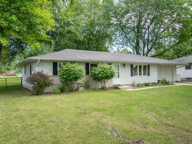 6327  Trier Road Fort Wayne, IN 46815 | MLS 201936043