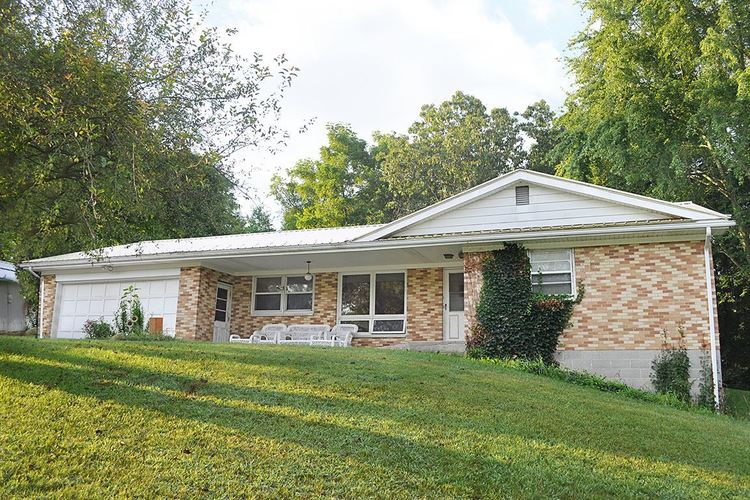 53523  State Road 13  Middlebury, IN 46540-8931   MLS 201936309