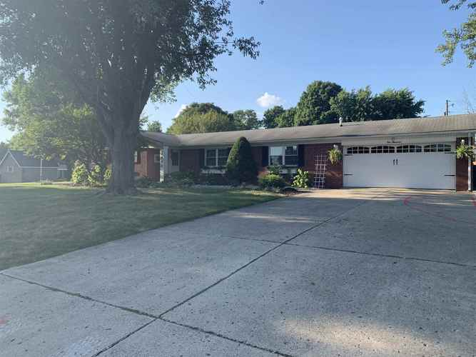 1000 W Goff Drive Marion, IN 46953-6327 | MLS 201936401