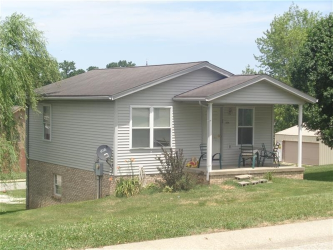504 E First Street Huntingburg, IN 47542 | MLS 201936461