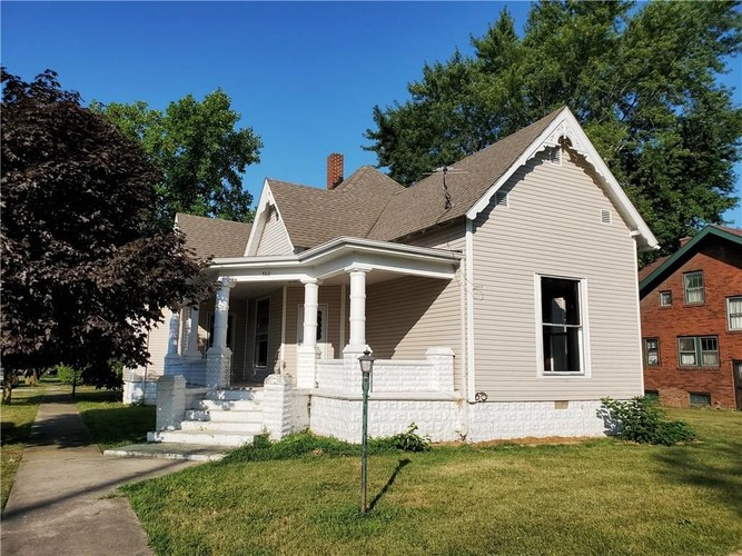 300 W Franklin Street W Colfax, IN 46035 | MLS 201936472 | photo 1