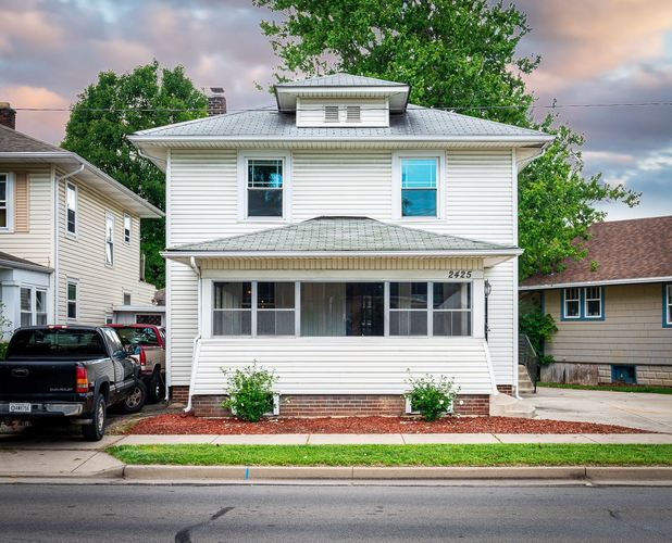 2425  Crescent Avenue Fort Wayne, IN 46805-3523 | MLS 201936726