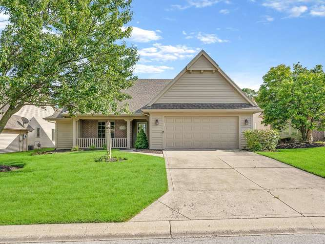 8722  Sweet Blossom Court Fort Wayne, IN 46835-9626 | MLS 201936792