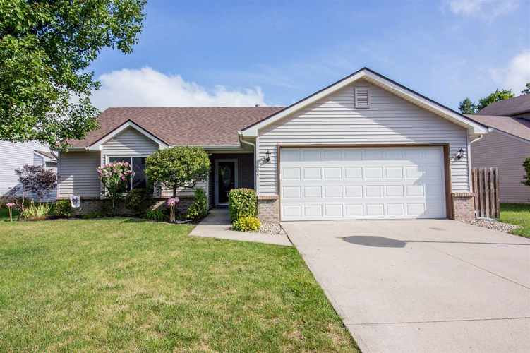 1604 Brittany Cove Fort Wayne, IN 46845-9558   MLS 201936838   photo 1