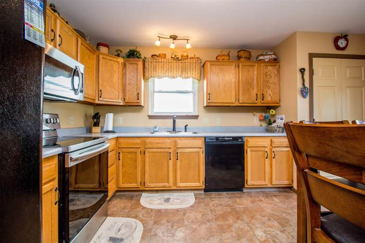 1604 Brittany Cove Fort Wayne, IN 46845-9558   MLS 201936838   photo 10