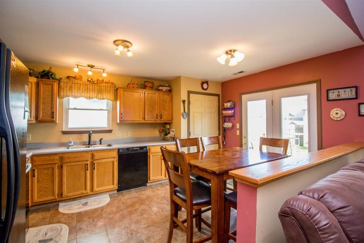 1604 Brittany Cove Fort Wayne, IN 46845-9558   MLS 201936838   photo 17