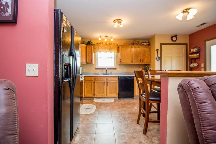 1604 Brittany Cove Fort Wayne, IN 46845-9558   MLS 201936838   photo 9