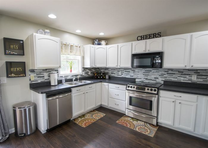4532 Acacia Place South Bend, IN 46628 | MLS 201936949 | photo 6