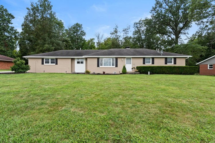 1109 N CR 650 E  Selma, IN 47383 | MLS 201936956