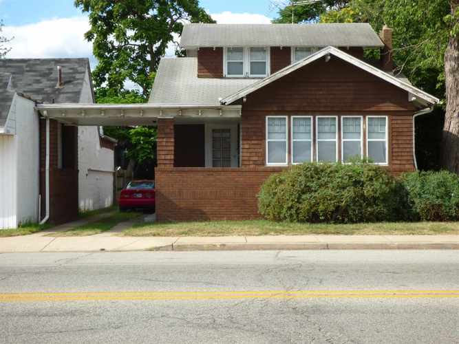 2605  Mishawaka Avenue South Bend, IN 46615-2253 | MLS 201937137
