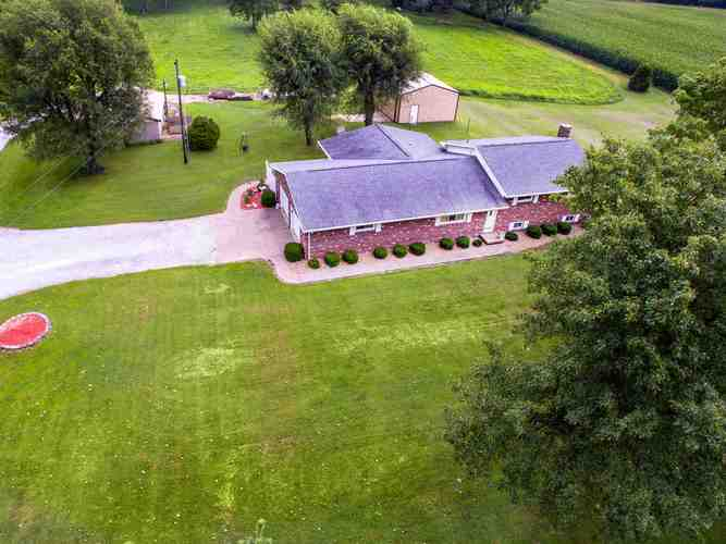 308 S White Church Road S Princeton, IN 47670 | MLS 201937146 | photo 2