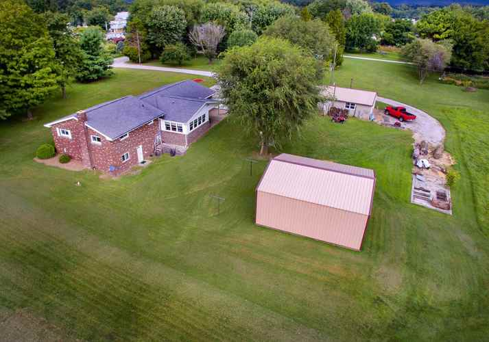 308 S White Church Road S Princeton, IN 47670 | MLS 201937146 | photo 6