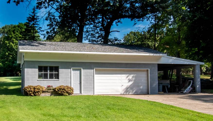 30539 North Shore Drive Elkhart, IN 46514 | MLS 201937198 | photo 10